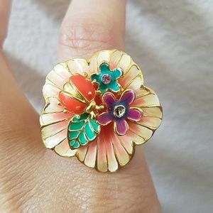 Jewelry - Lady Bug on Flower Ring